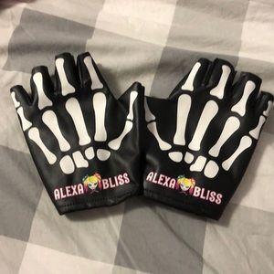 Alexa bliss fingerless gloves